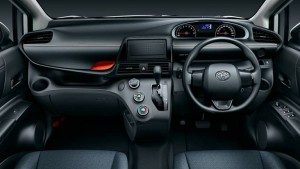 carlineup_sienta_interior_top_viewer_01_04-1